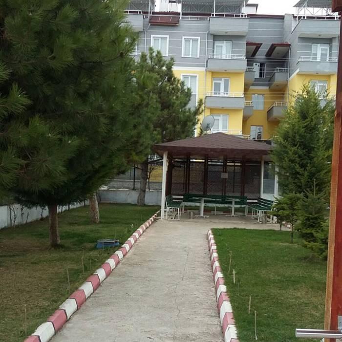 oz-ilgi-huzurevi-yasli-bakim-merkezi-kutahya-bahce