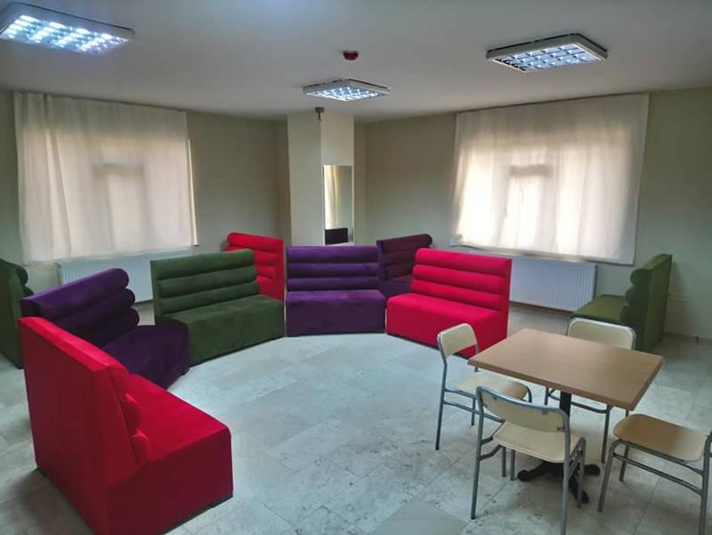 caglayan-Engelli-Bakim-Merkezi-Tuzla-subesi-salon