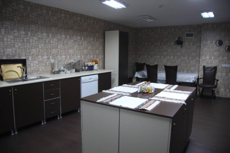 kivilcim-huzurevi-mutfak