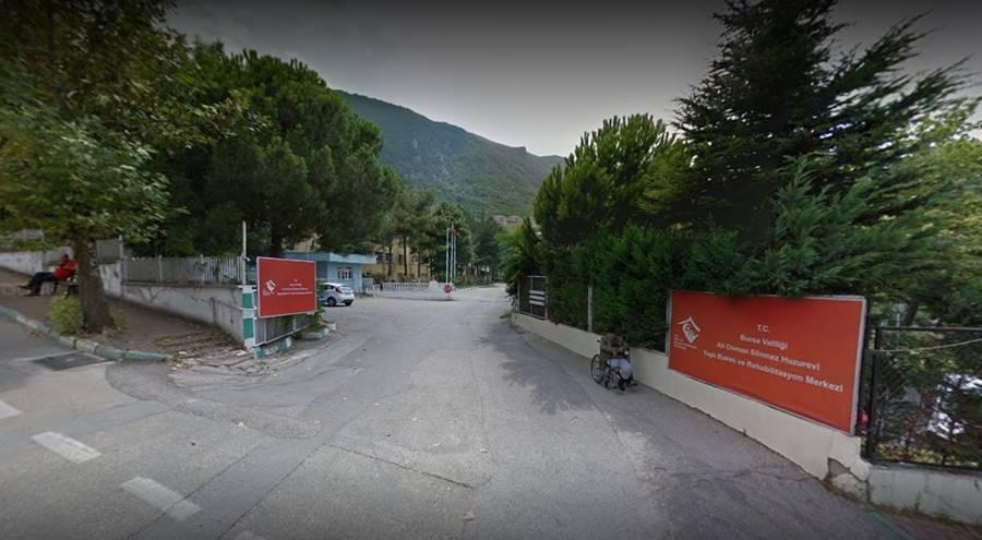 Bursa-Ali-Osman-Sonmez-Huzurevi-Yasli-Bakim-ve-Rehabilitasyon-Merkezi-dis