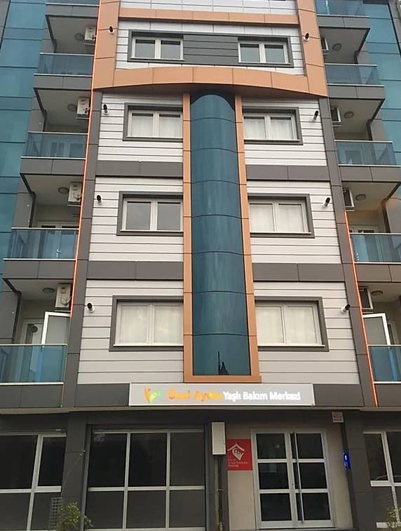 ozel-Aydin-Yasli-Bakim-Merkezi-1