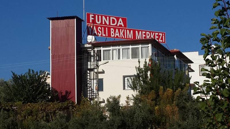 Mersin-ozel-Funda-Huzurevi-ve-Yasli-Bakim-Merkezi-genel-2