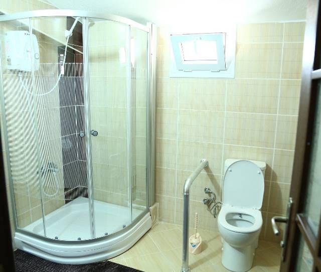 Mersin-Vip-Babar-Huzurevi-wc