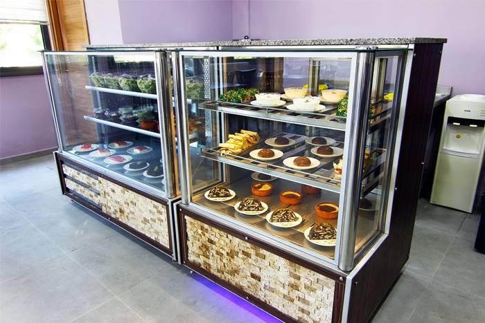 izmir-Melmira-Bakim-Merkezi-kafeterya2
