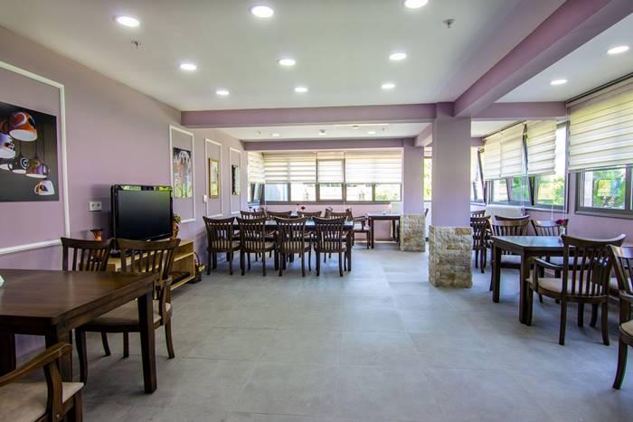 izmir-Melmira-Bakim-Merkezi-kafeterya3