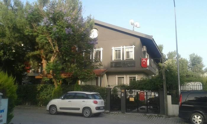 ozel-İzmir-Yasli-Bakim-ve-Dinlenme-Evi